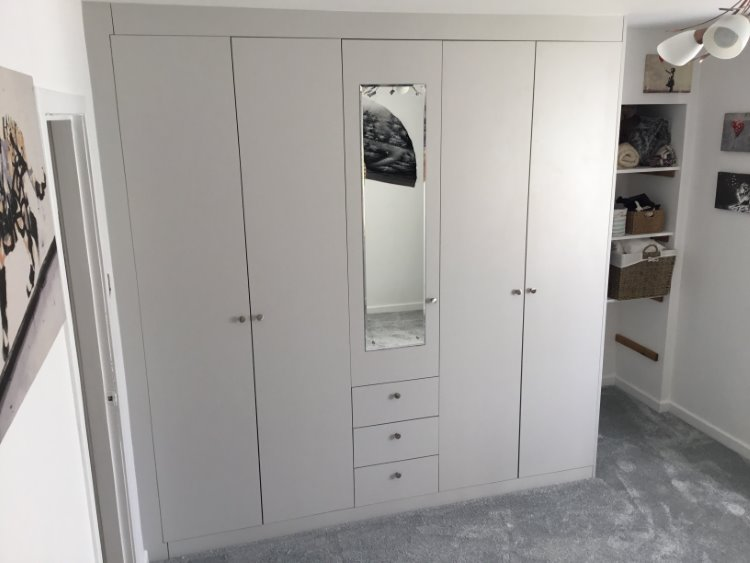 light grey bespoke wardrobes